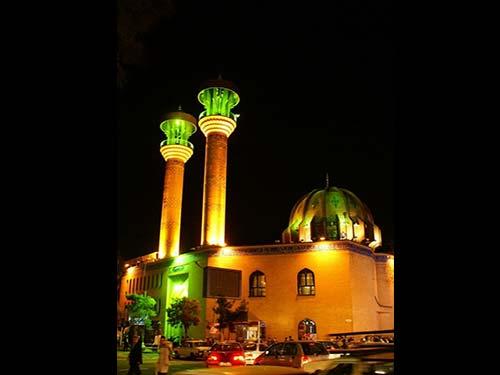 مسجد نور میدان فاطمی