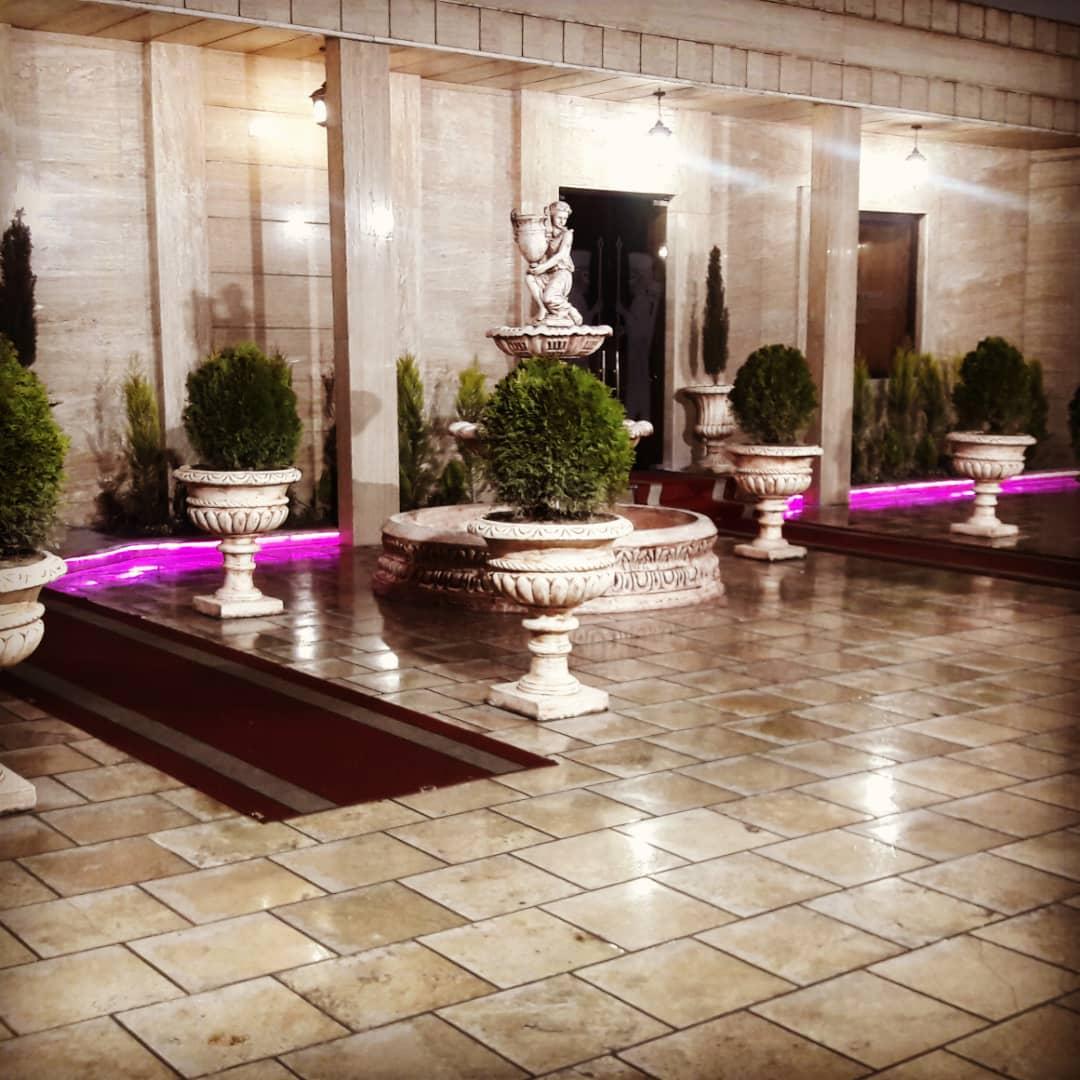 تالار پذیرایی تشریفاتی قصر کوروش واقع در شهرک غرب