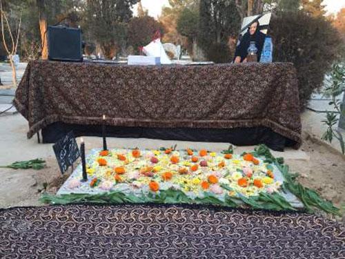 صندلی و سایبان بهشت زهرا