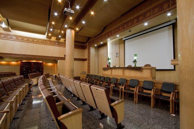 سالن اجتماعات مسجد شهرک غرب جهت برگزاری مراسم ختم