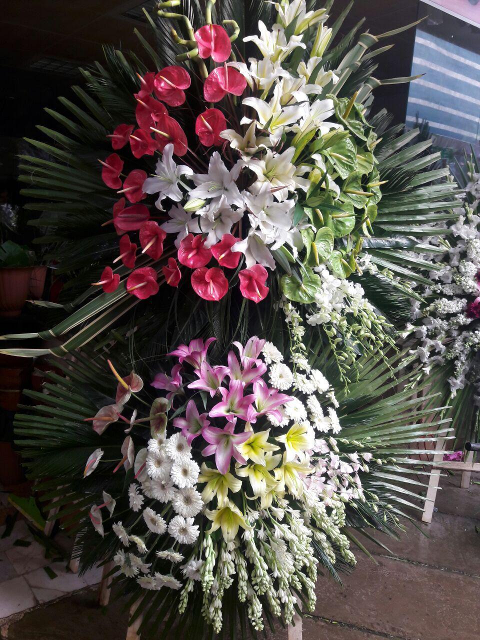 تاج گل مراسم ختم