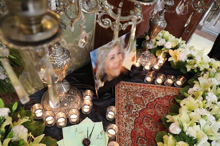 گل آرایی شمع آرایی میز ترحیم تالار همایش کوثر