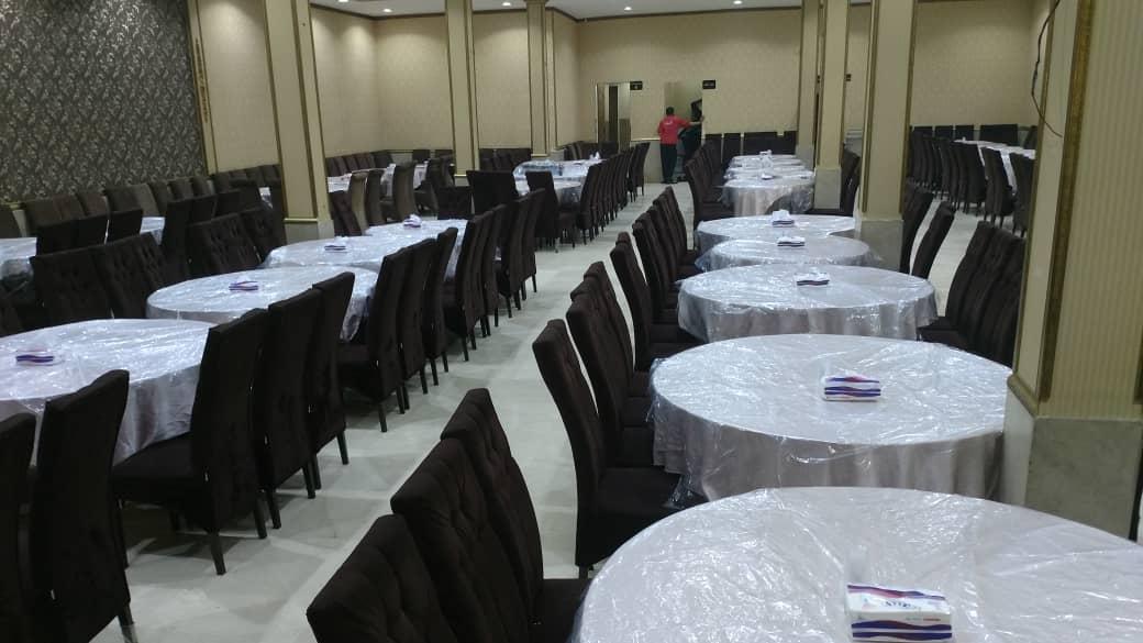 تالار پذیرایی قصر مجلل