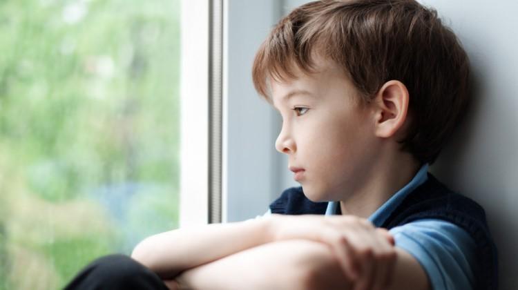 بچهها را چطور برای مواجهه با مرگ آماده کنیم؟