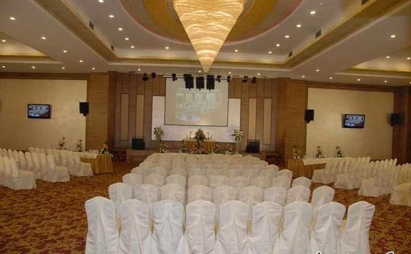 تالار پذیرایی لوتوس مناسب برگزاری مراسم عزاداری